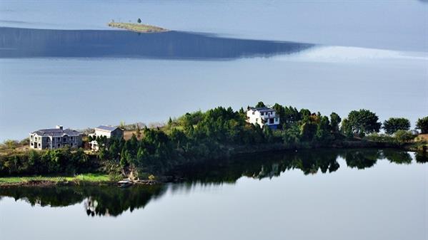 升钟湖小岛(冬)