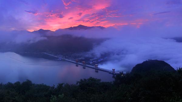 大美云峰湖  蔡克平 摄