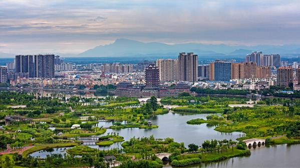 东坡城市湿地公园 李继军 摄