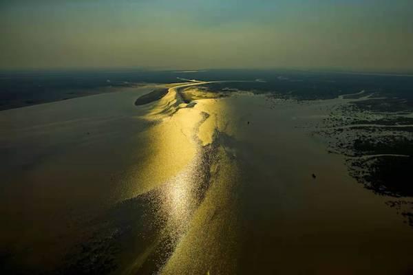 《大河之洲》 黄高潮 摄