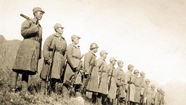 参加1938年冀东抗日武装大起义的英雄们。 雷烨 摄