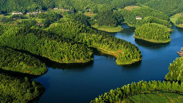 青龙湖全景