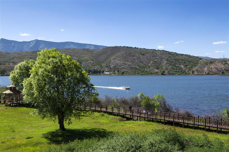 山西省忻州市天池湖泊群景区