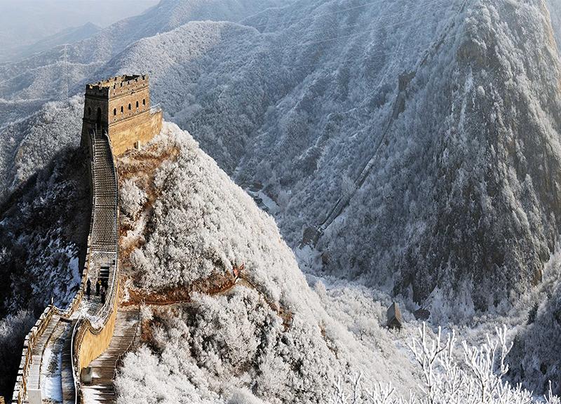 川草花顶山下——北京市延庆区水关长城