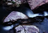 红石峡溪流