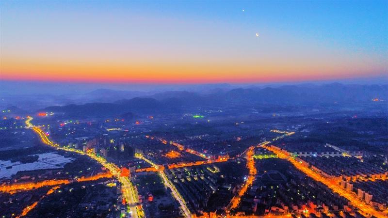 23拍摄于徽池州青阳陵阳镇  拍摄地点: 安徽池州青阳陵阳镇  拍摄时间