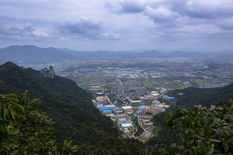 拍摄地点: 松岩山上俯瞰整个黄岩  拍摄时间: 2017-10-04  作品