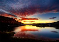 《挞啦仙湖》