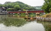 《东关桥雨中即景》