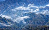 风起云涌香炉山